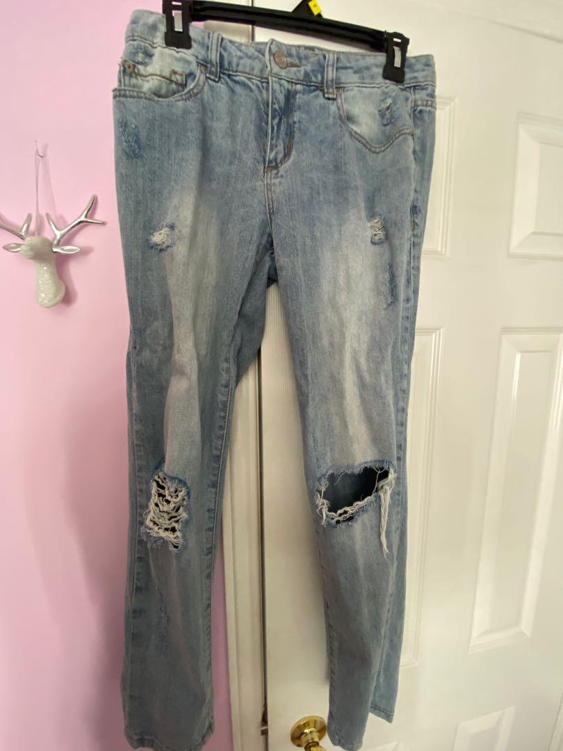 Garage boyfriend ripped jeans