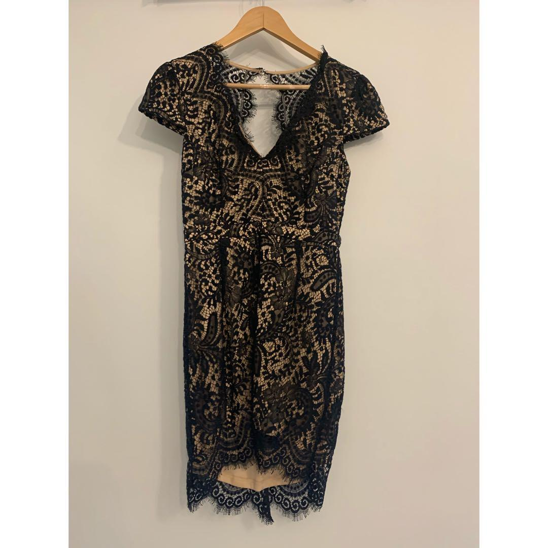 LACE DRESS FROM MENDOCINO
