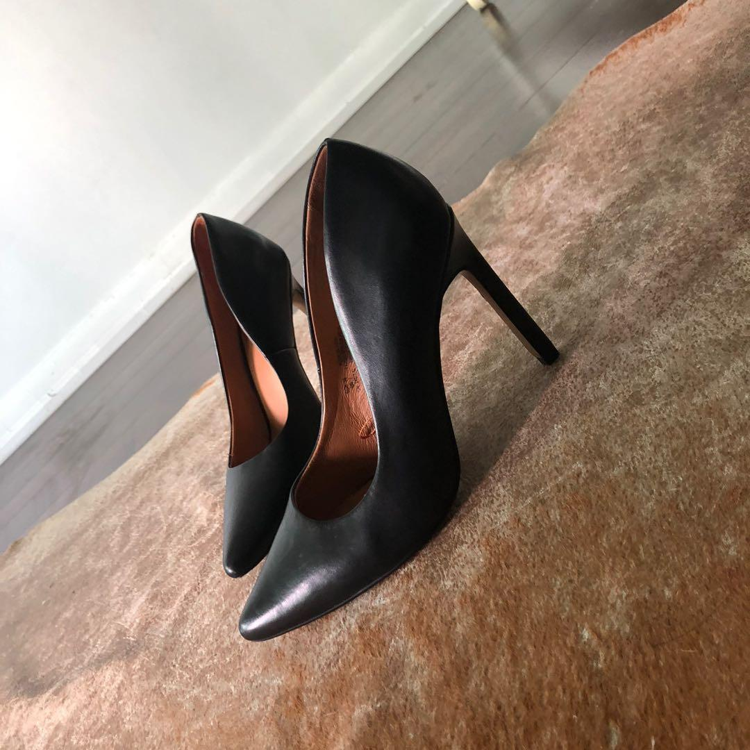 Leather heels size 71/2