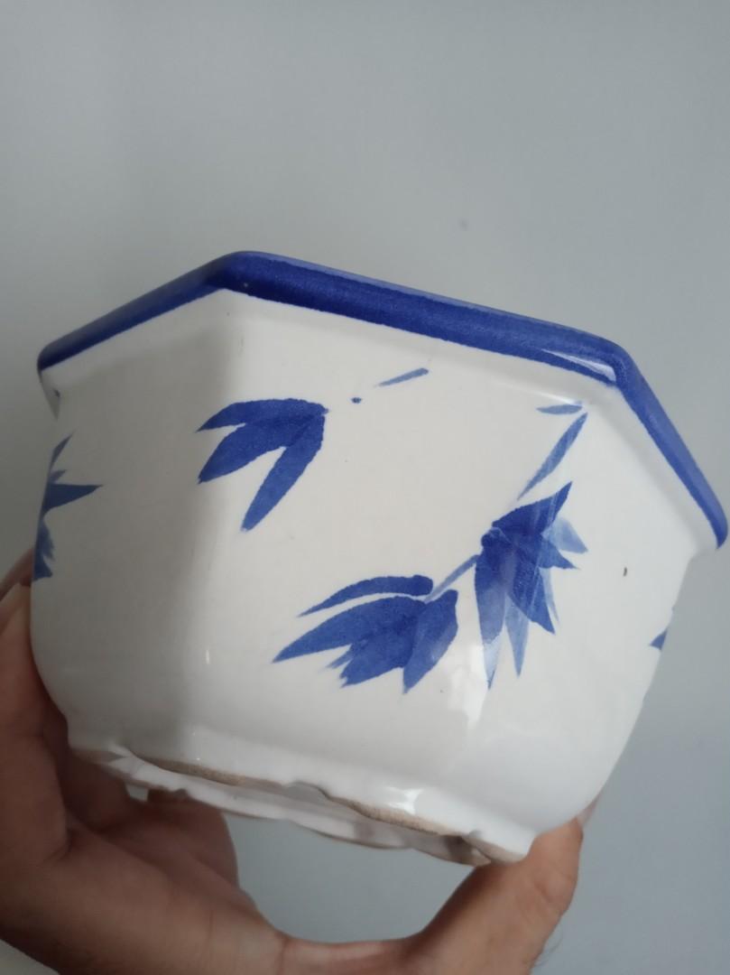 Pot porselen antik diameter 15 cm utuh