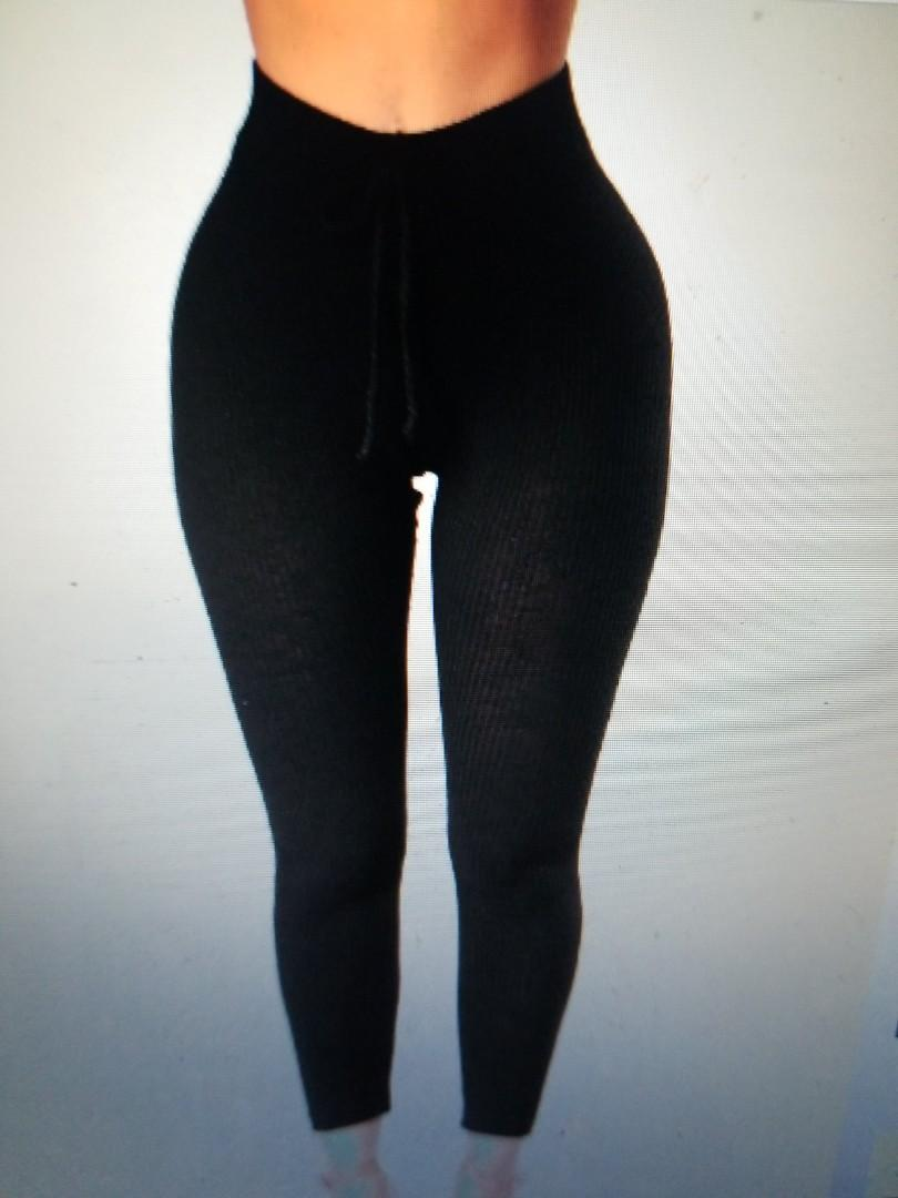 Size small Fashion nova wanderlust leggings