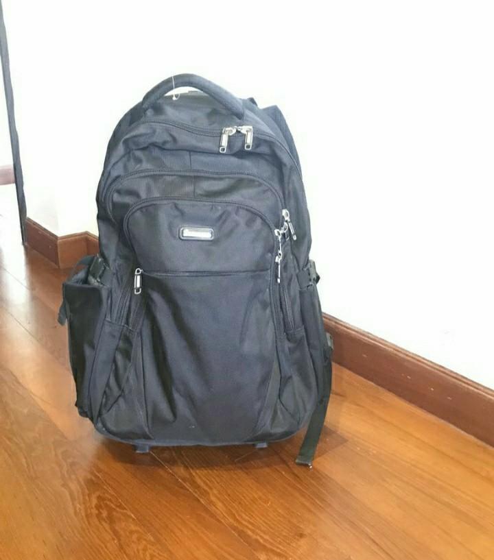 Slazenger backpack with wheels