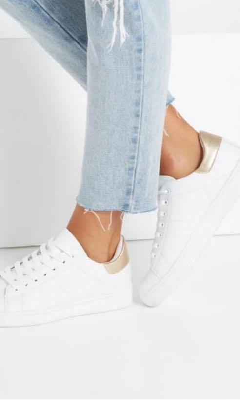White Rubi Ally Gold Low Rise Shoes