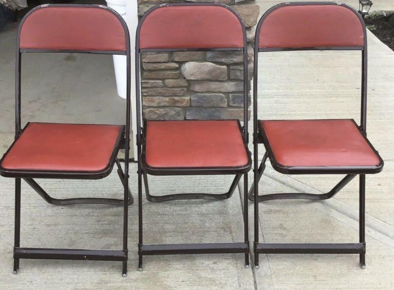 3 Red foldable chairs for sale