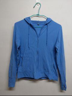 藍色防曬外套
