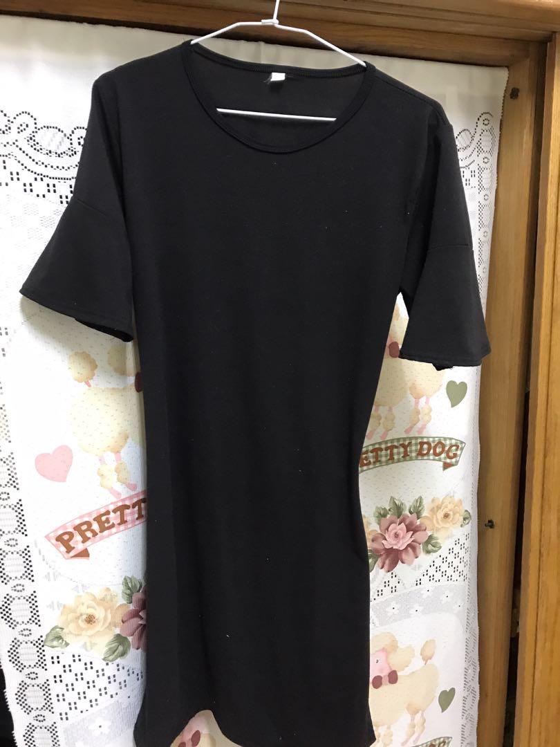 [贈送]黑色歐美露背洋裝