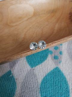 Anting Berlian Besar