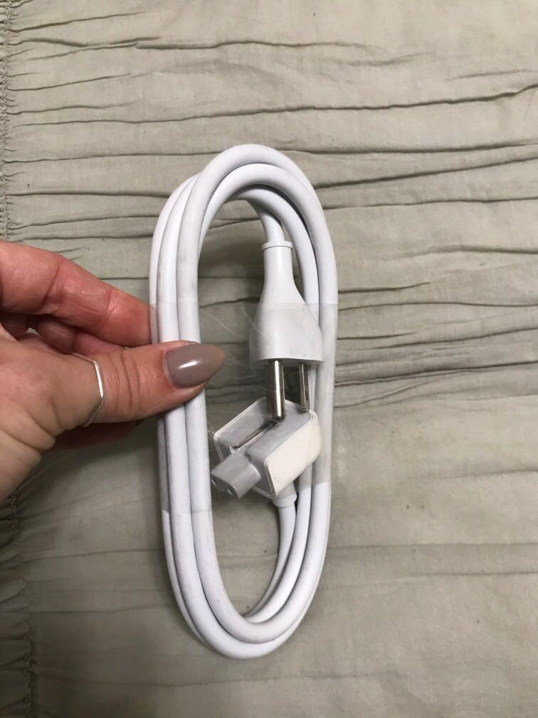 Apple cord without block