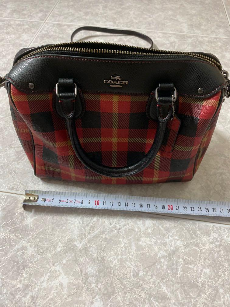 Authentic Coach Leather Ladies Checkered Crossbody/Slingbag/Handbag in Red/Black