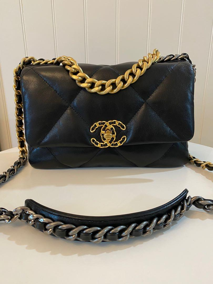 Chanel 19 flap bag in Small