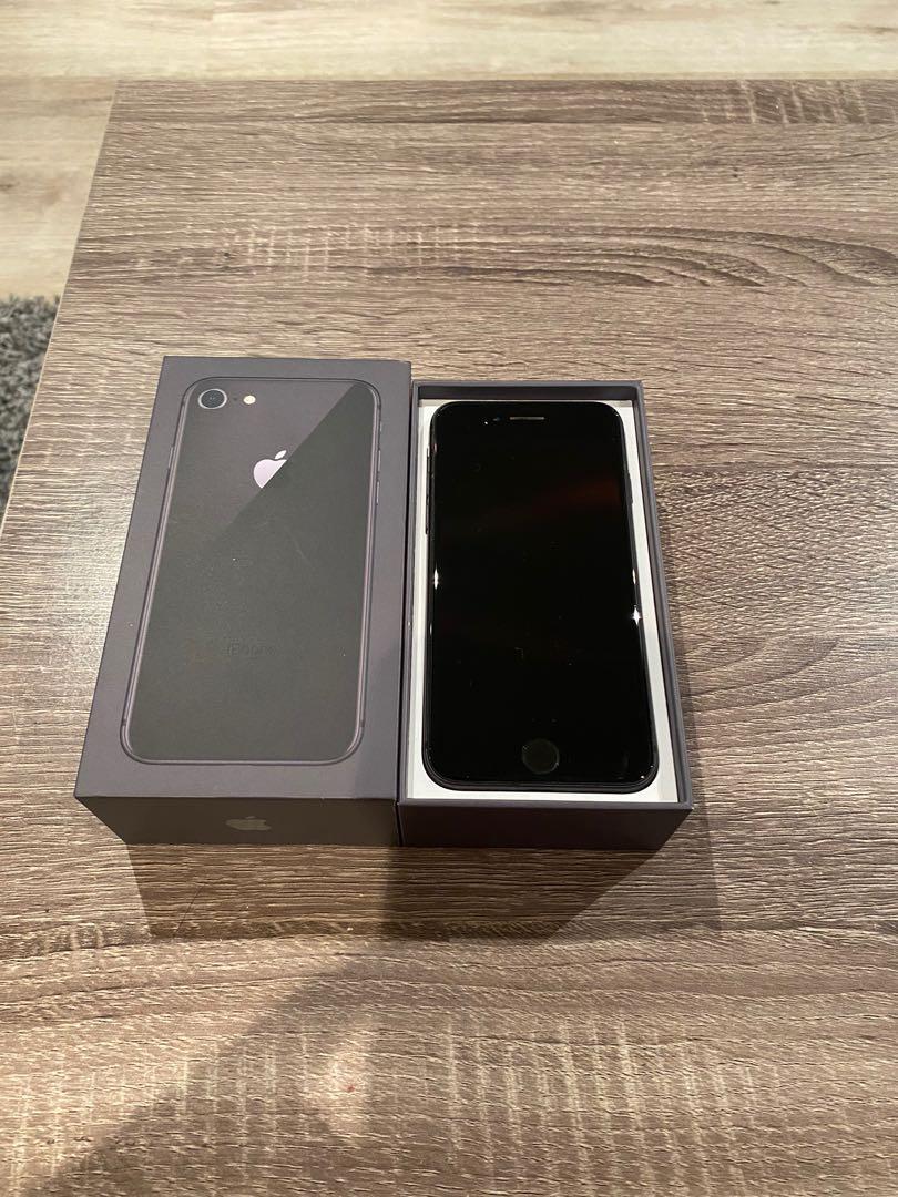 IPHONE 8- 64 GB