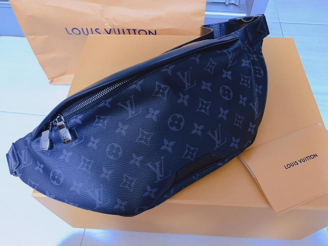 Louis Vuitton discovery bumBag brand new with recipt n paper bag