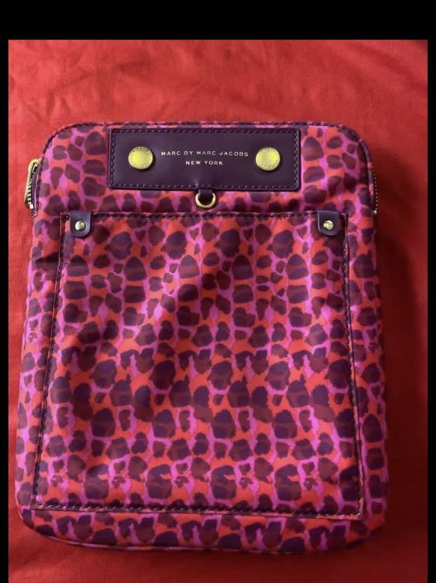 Marc By Marc Jacobs ( Ipad Bag )