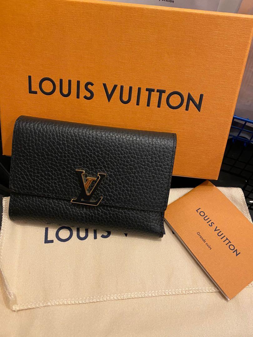 Preloved LV Capucines Compact Wallet