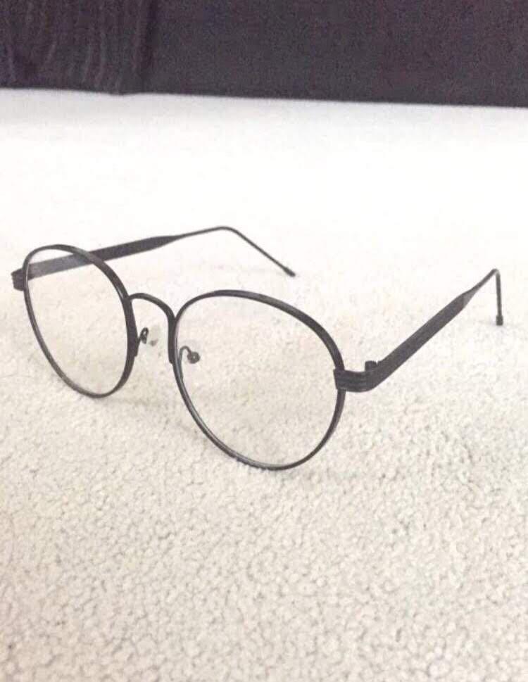 Round glasses frames (non-prescription)