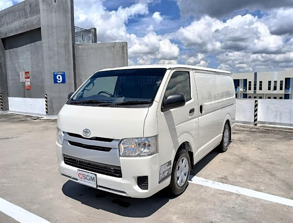 Toyota Hiace (3.0L)(Auto/Manual)
