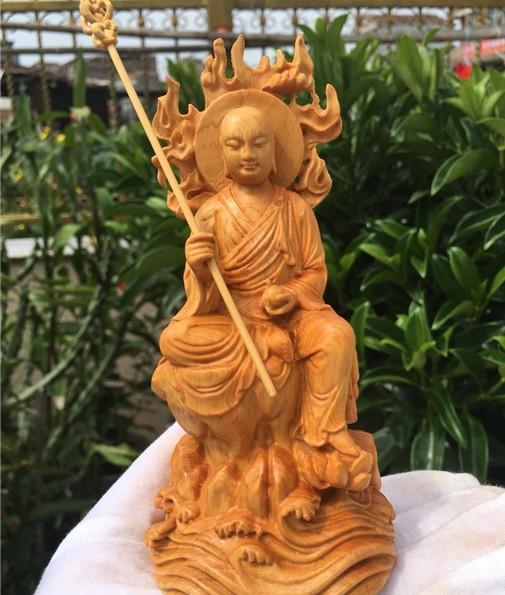 崖柏地藏王擺件 尺寸:15*7*5公分 雕刻為精緻款並非一般看到的模糊款 🤑:1250元     🚐:100元