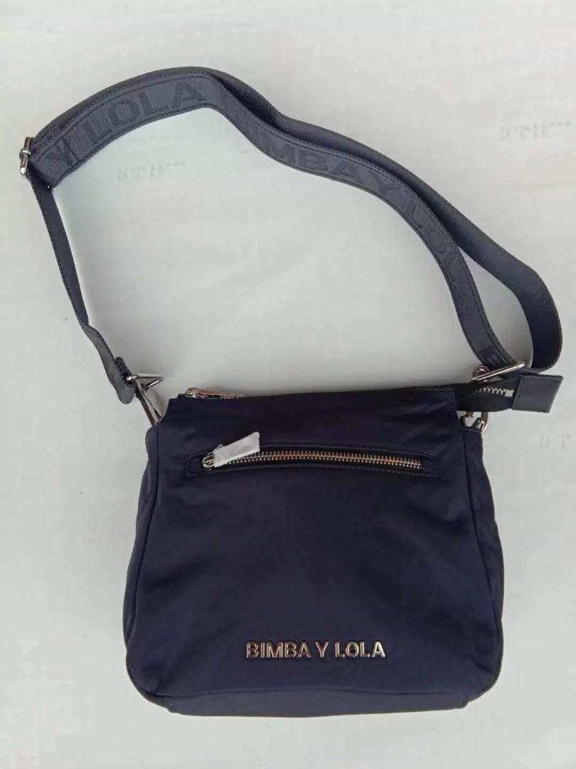 Bimba Y Lola Padded Large Crossbody in Grey with Front Zip