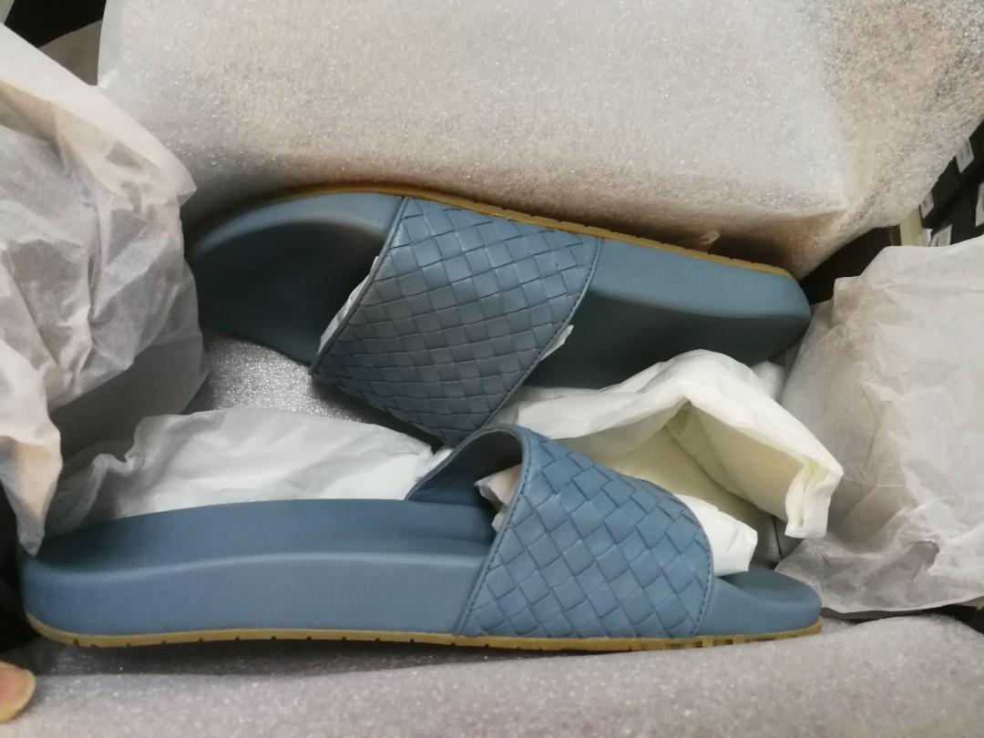 Bnib Bottega Veneta Men Sandals Authentic