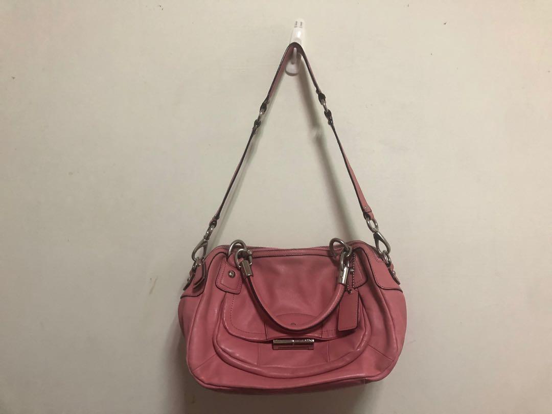專櫃正品COACH粉色肩背手提兩用包賣700