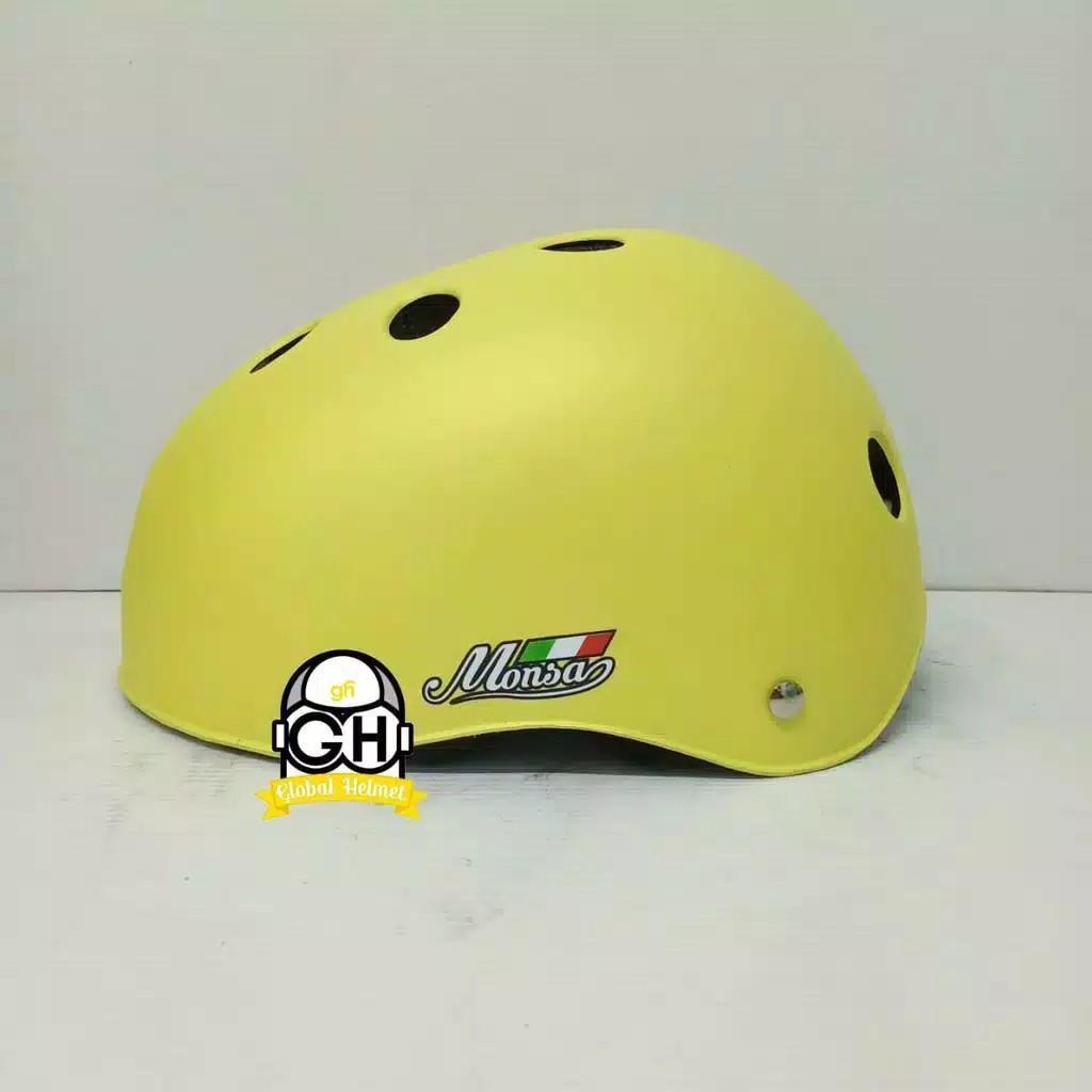 Helm Sepeda Monza