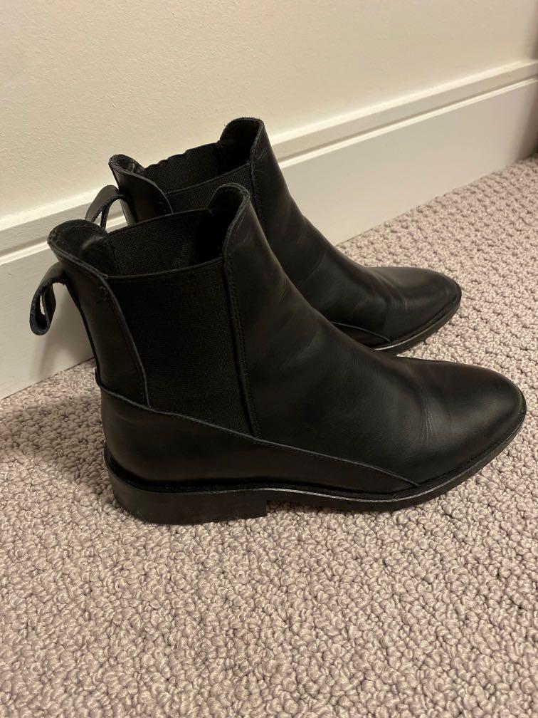 Little Burgundy chelsea boots