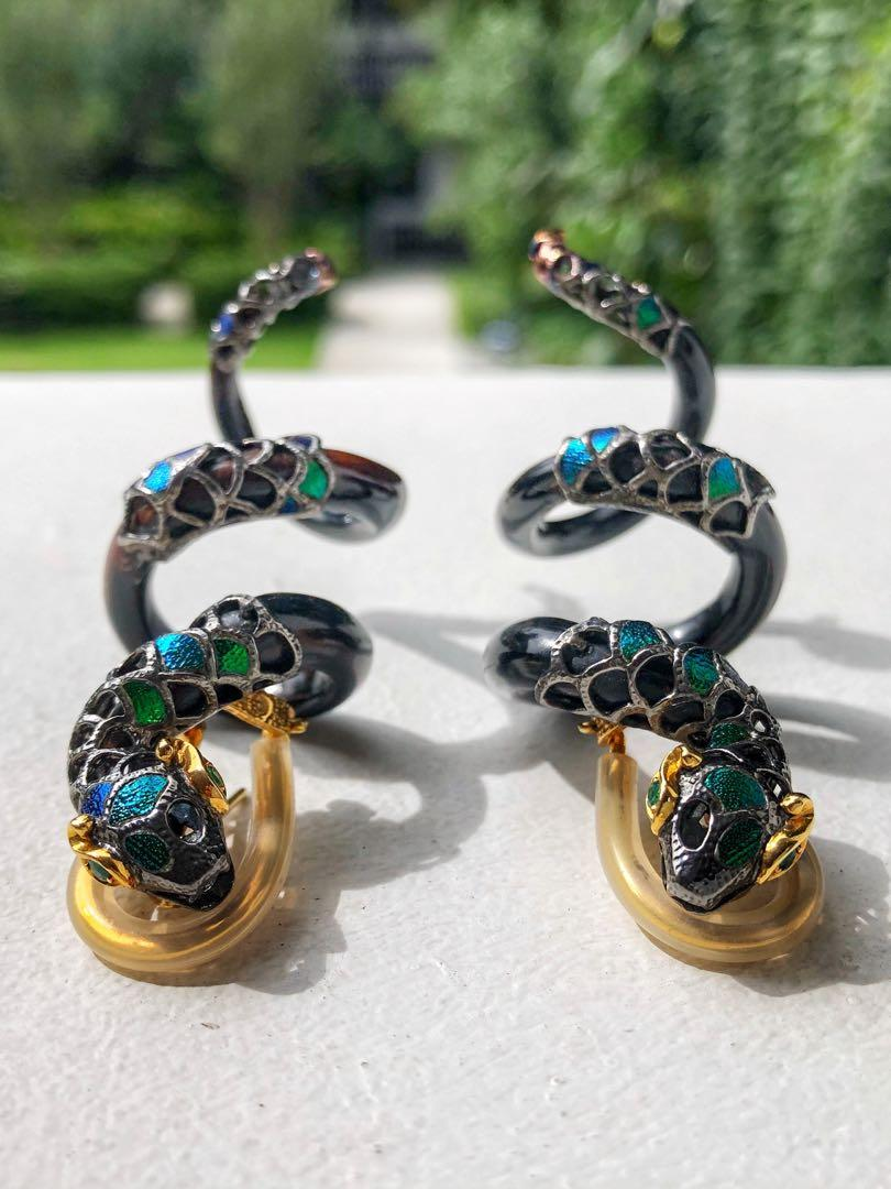 Precious Emeralds, Scarab, 925 Silver and 18K Yellow Gold on Black Wood Serpent Earrings