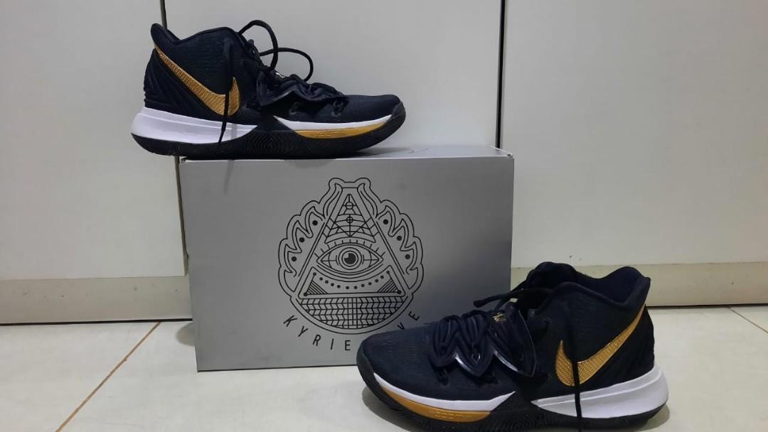 Sepatu Basket Nike Kyrie Irving 5