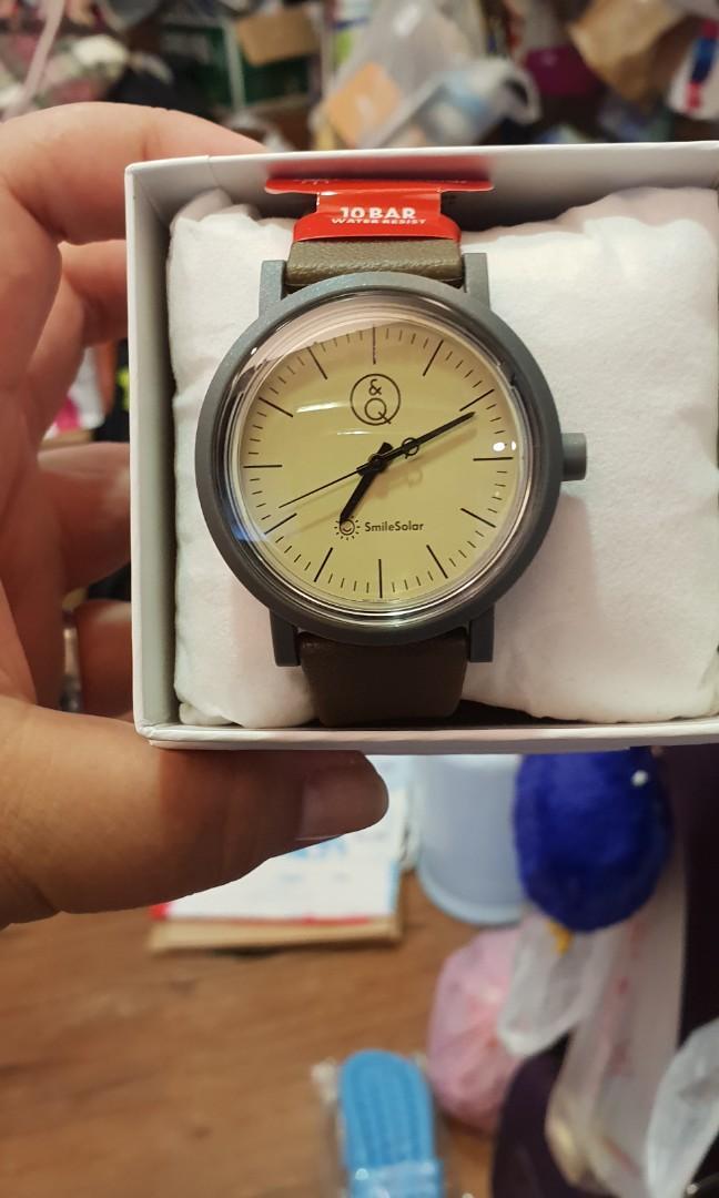 全新太陽能手錶