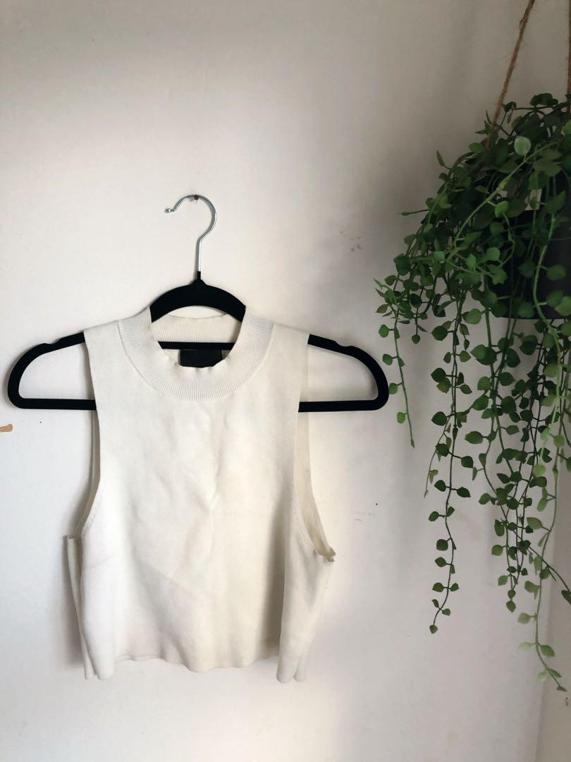 ALICE IN THE EVE CROPPED TOP