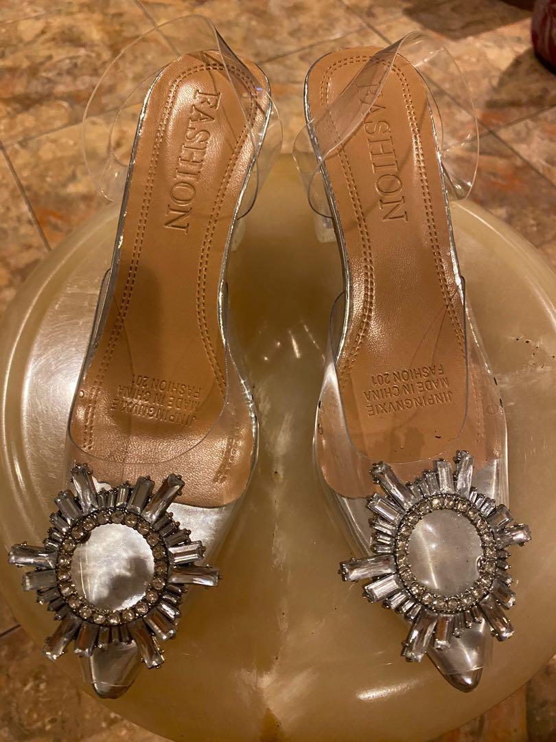 amina transparan heels