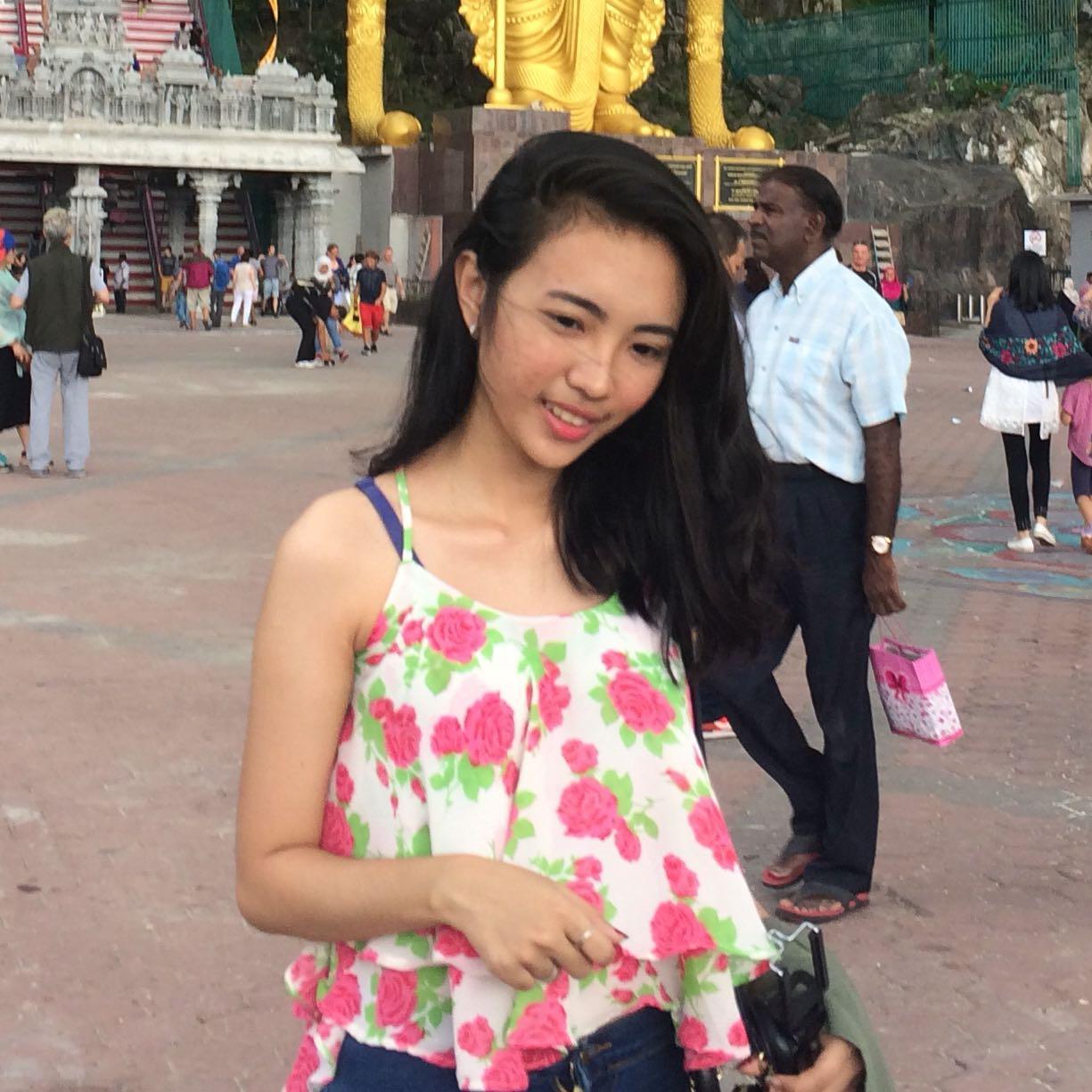 Atasan bunga floral blouse tank top