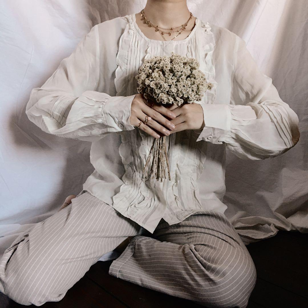 Blouse Wanita Atasan Putih Vintage Korea