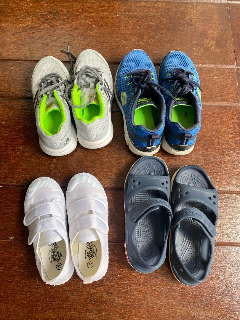 Bundle of shoes for child