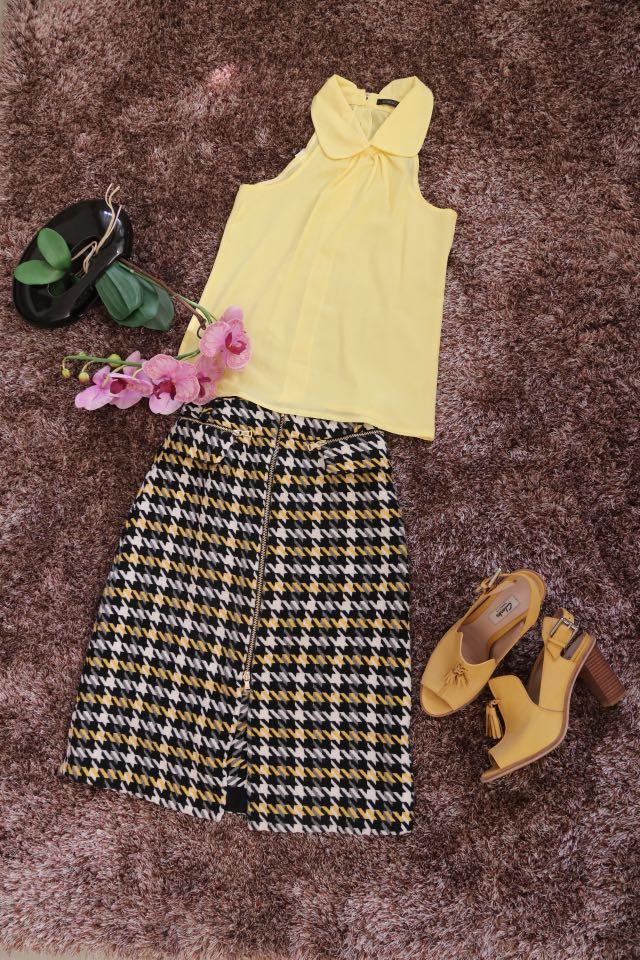 Buy 1 Get 1 Preloved Skirt, Midi Skirt, Rok Midi (Free Yellow Top)