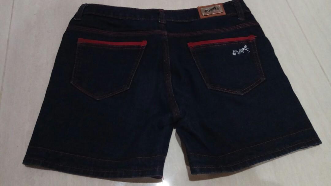 Celana pendek shorts wanita jeans biru tua short