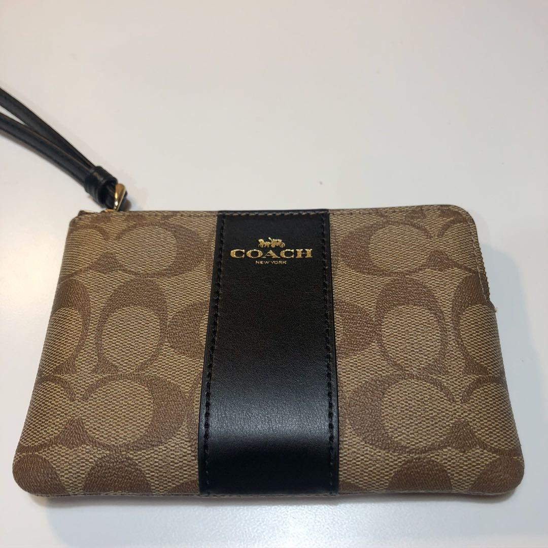 Coach Women's LEATHER Corner Zip Wristlet