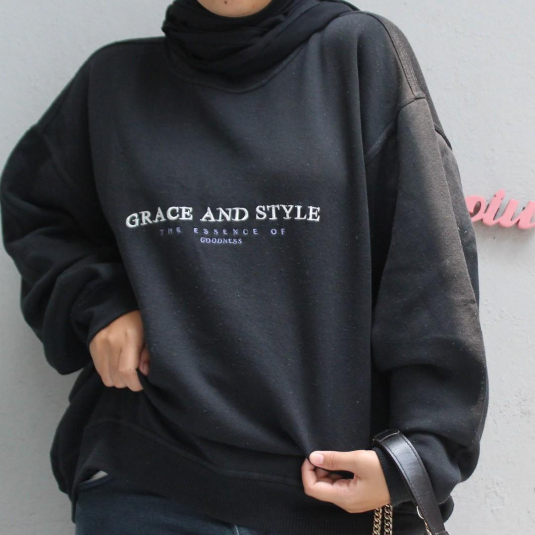 crewneck / sweater