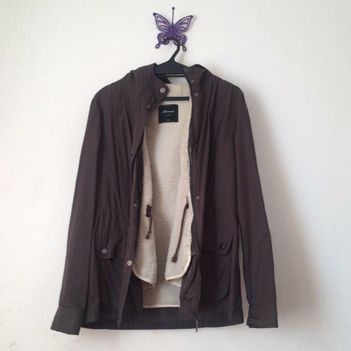 dark khaki jacket w shearling lining