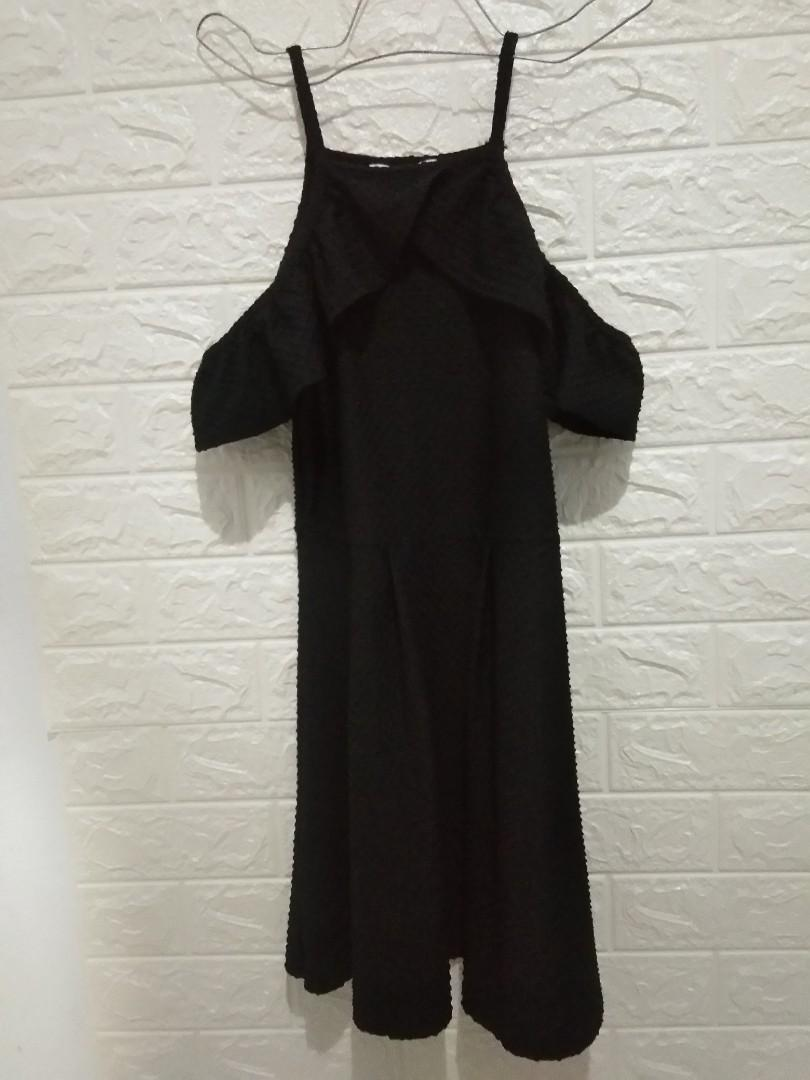 Dress by Petites size S fit body