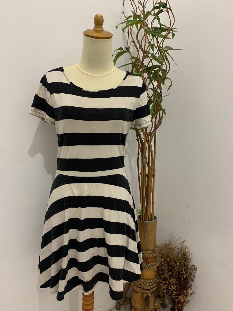 Forever 21 Dress stripe
