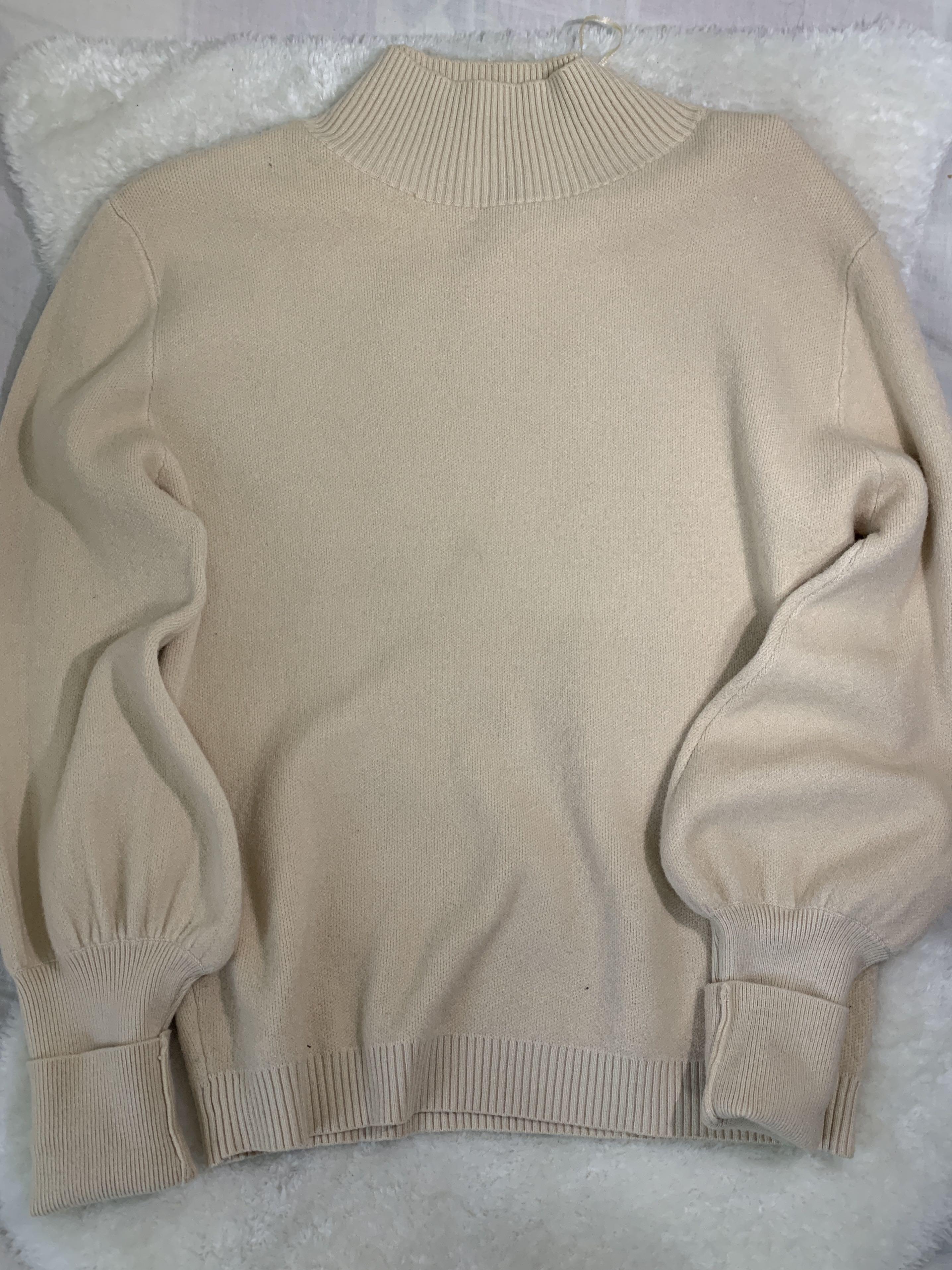 fashion nova baloon arm sweater small