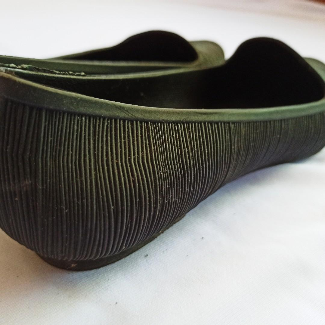 Flat Shoes / Sepatu Hitam
