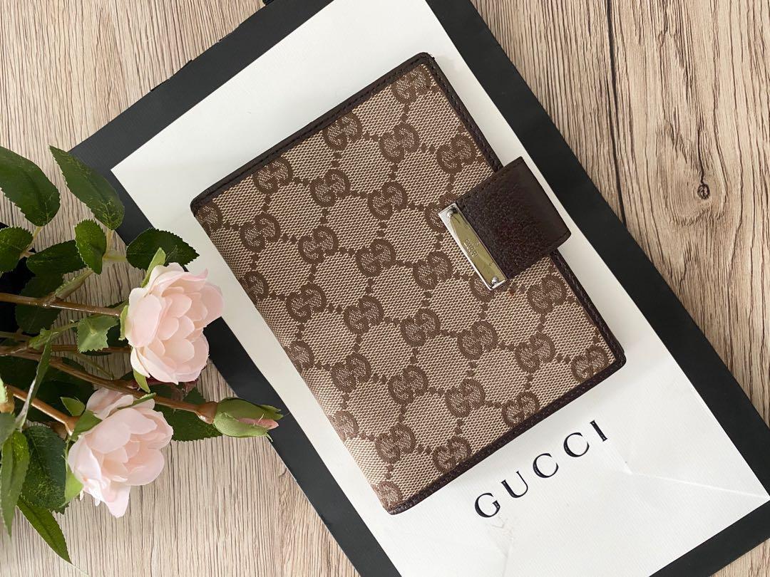 Gucci Agenda