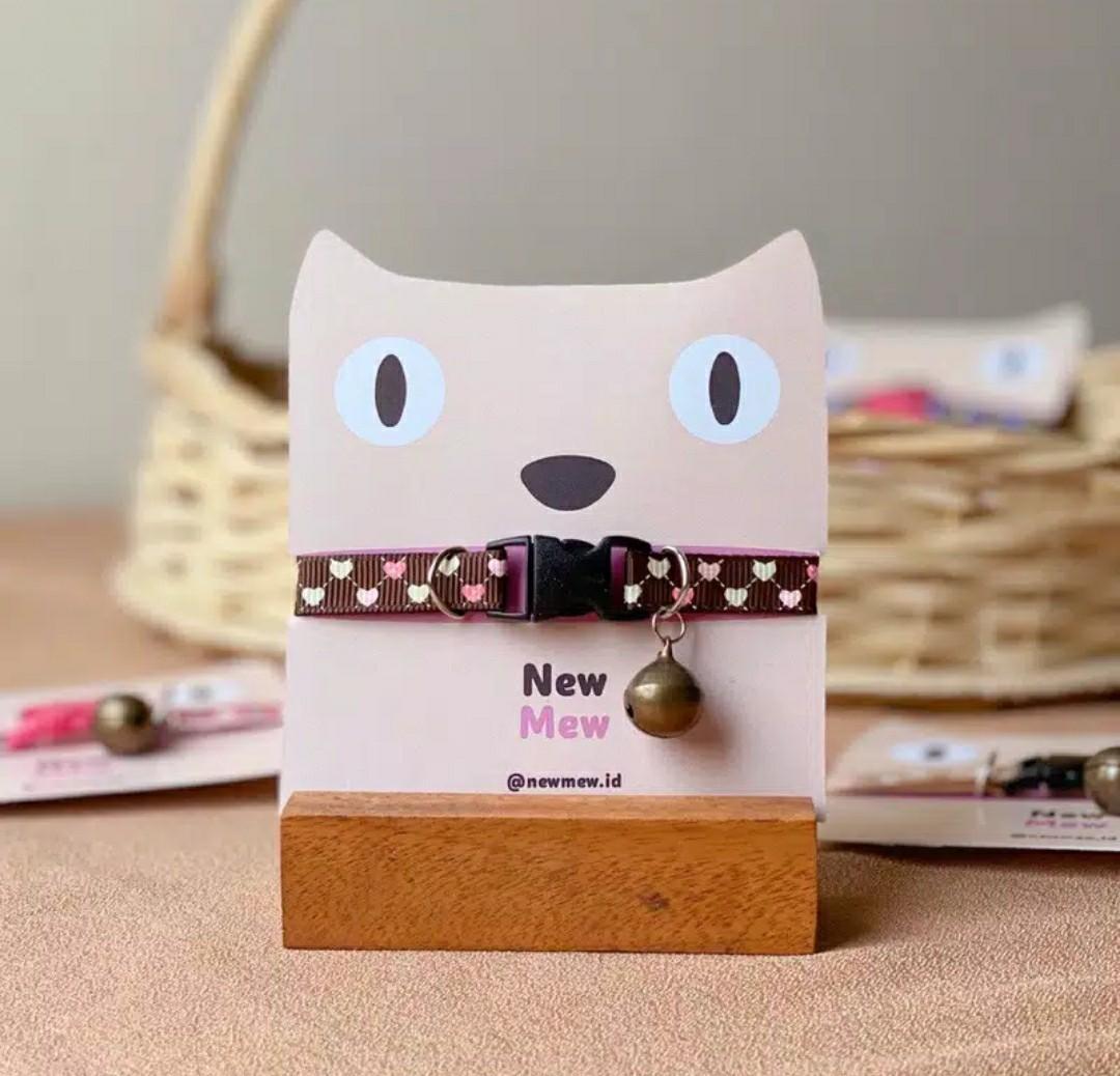 Kalung kucing jepang