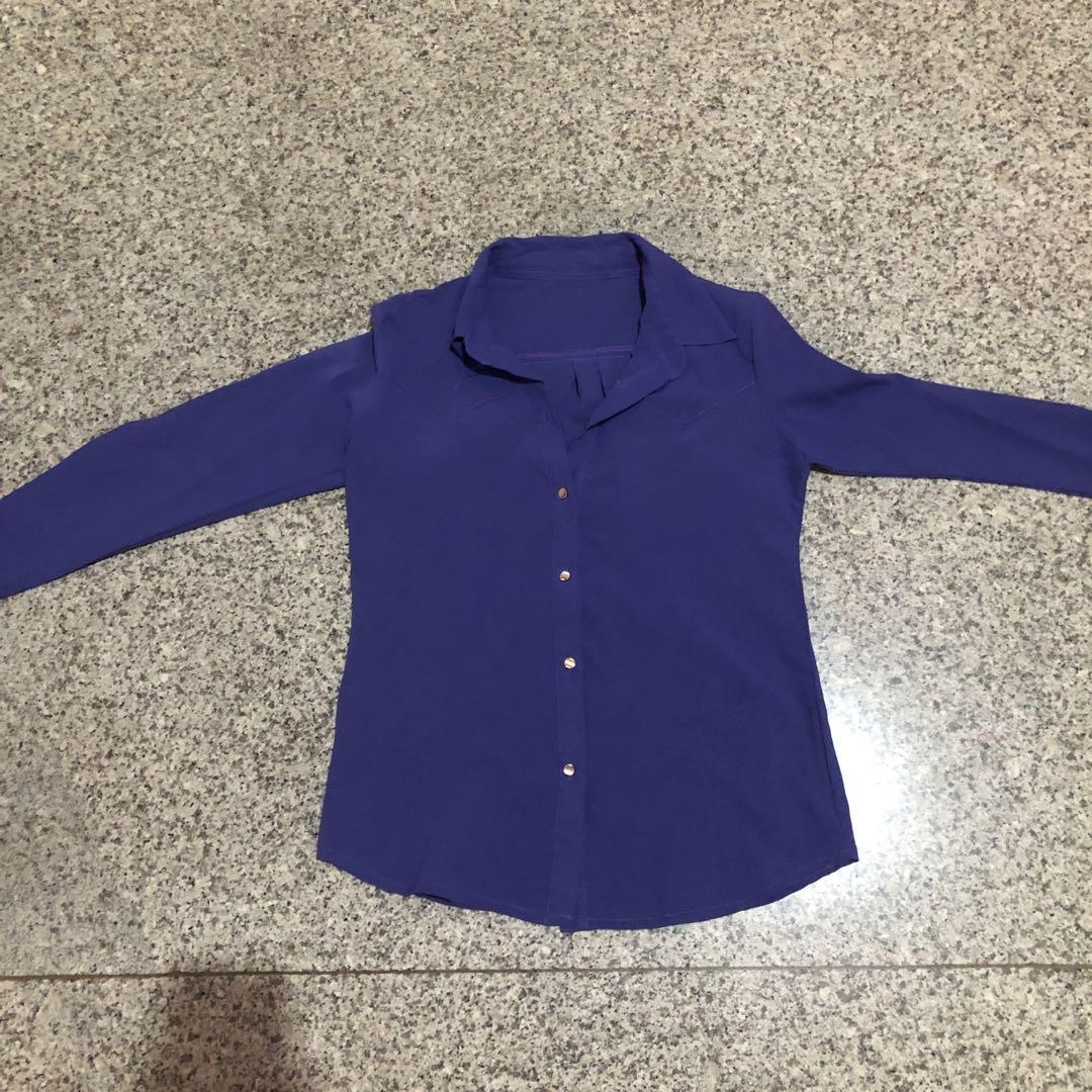 Kemeja Biru ungu