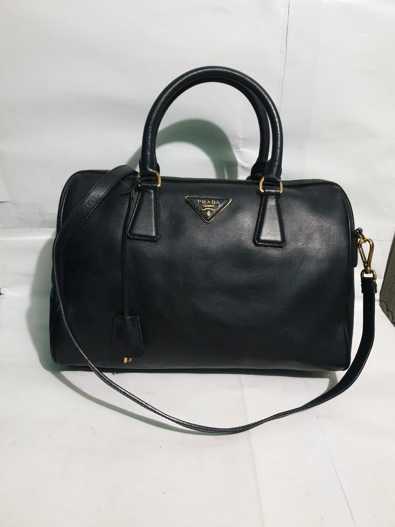 Like new original tas wanita .tote bag .prada spedy