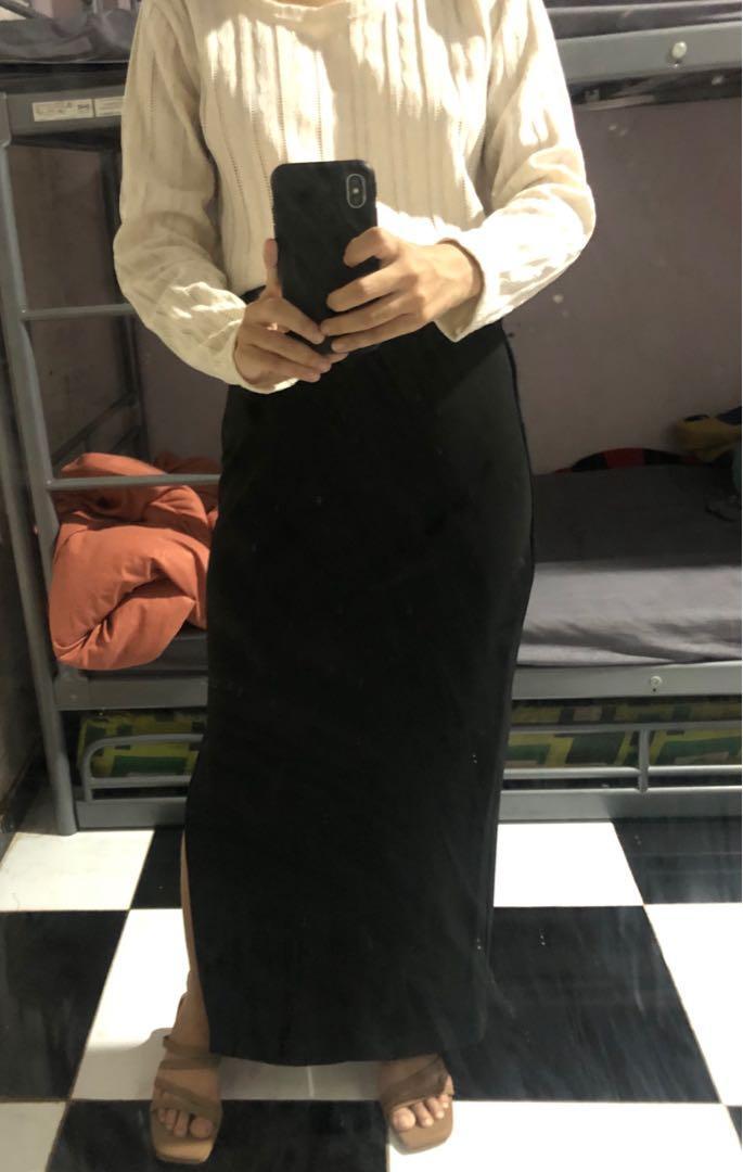Maxi slit skirt (Rok Aja)