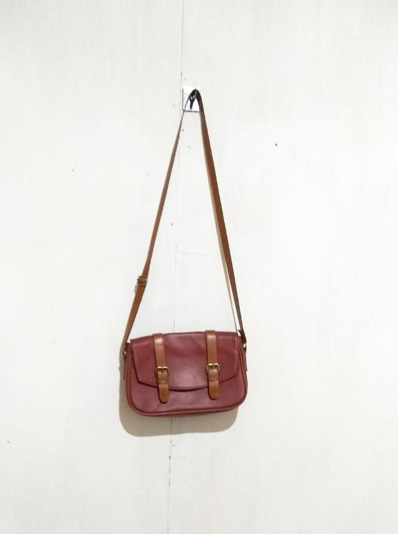 Messenger bag maroon