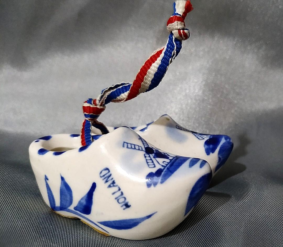 Miniature Dutch shoes